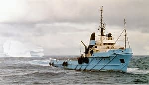 Iceberg Towing in Oil Rigs serves as source of inspiration for Iceberg Water